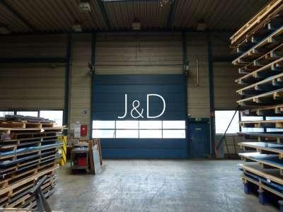 3 Hallen für Produktion, Lagerung und Montage mit Bürogebäude - Lagerhalle