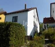 kleines Freiburger Stadthaus in Zähringen